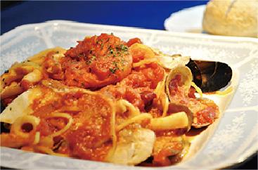 浜田産海の幸のトマトソーススパゲティ
